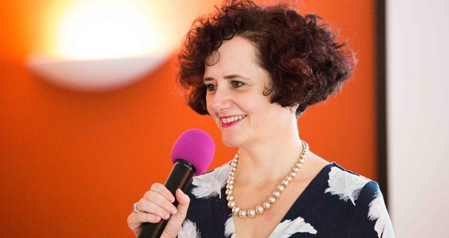 eunice minford speaker, presenter, surgeon